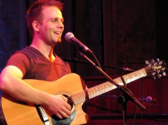 Tom Goss Playing Guitar