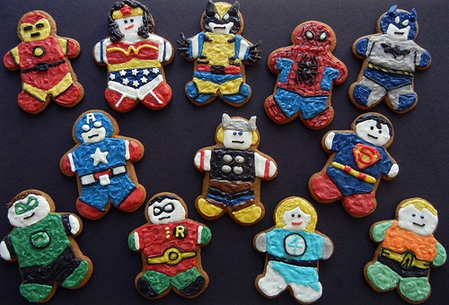super-hero-gingerbread-cookies-2